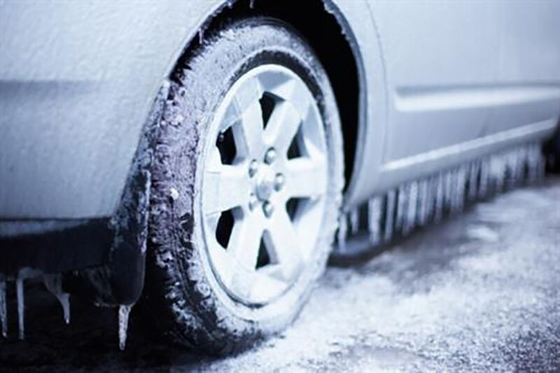 Avoid These Driving Habits This Winter