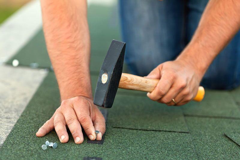 roof repair man
